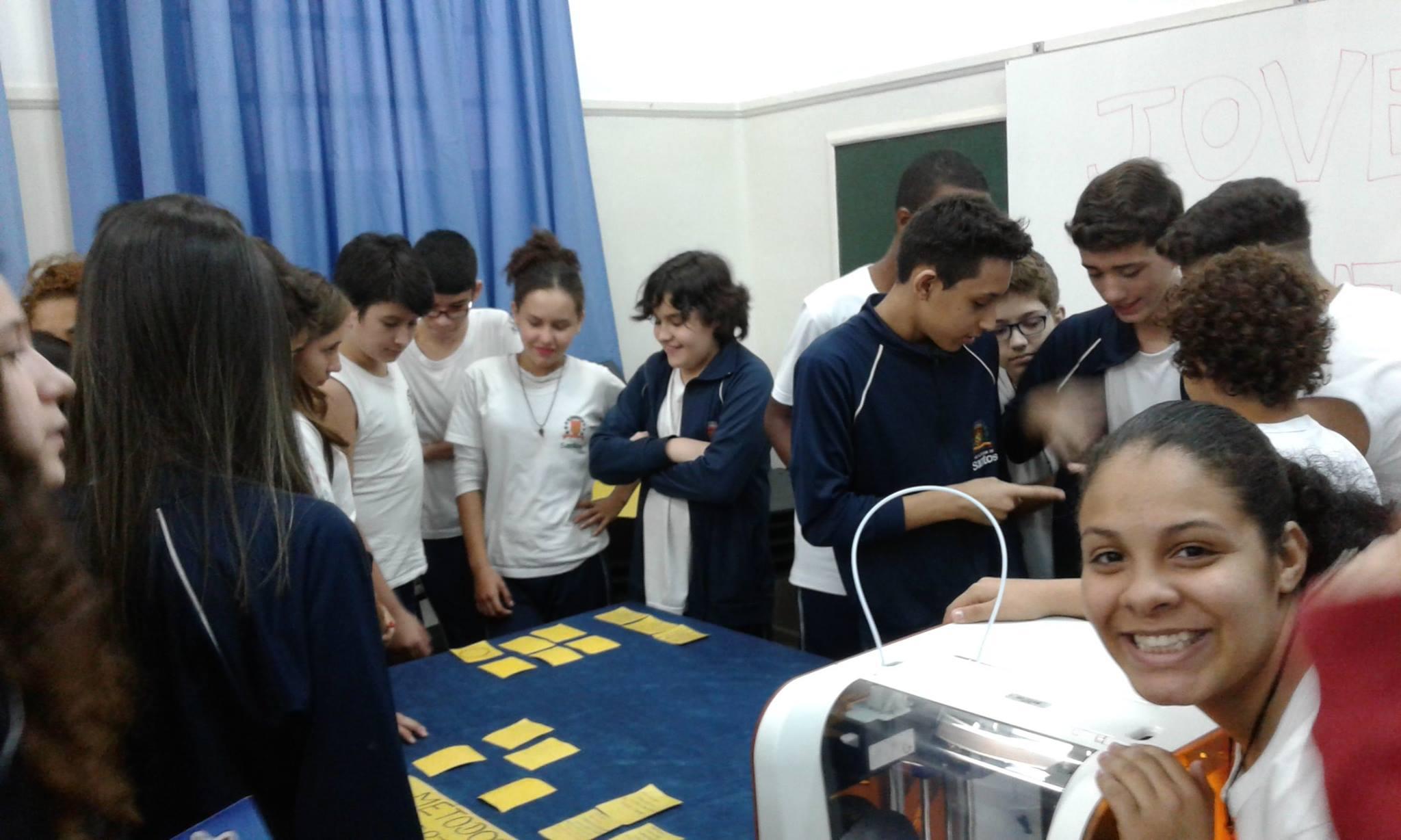 Aprender com criatividade: os jovens doutores desenvolvem jogos para ensinar.